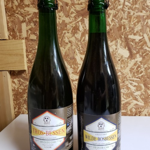 2 Bottle Lot: De Cam Geuzestekerij Wilde Bosbessen & Tros Bessen 750ml (2017 vintage)